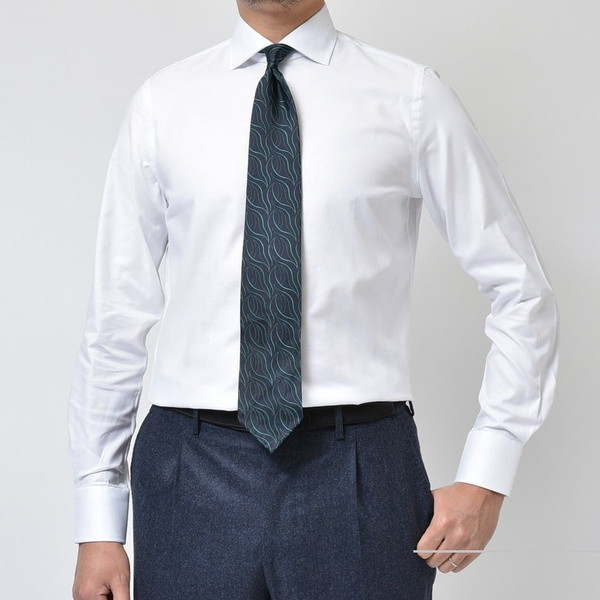 凛としてます・・・ GUY ROVER(ギローバー) ドレスシャツ2型