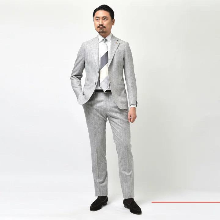 圧倒的な安心感があります! LATORRE(ラトーレ)スーツ2型